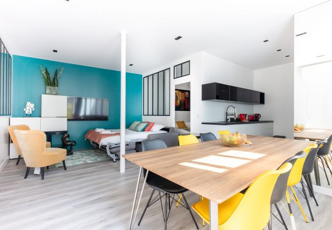 in Paris - Bastille: Big & brand new apartment, great for groups & families